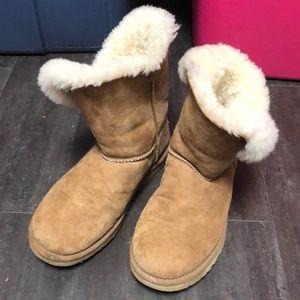 Sz 8 women's UGG boots